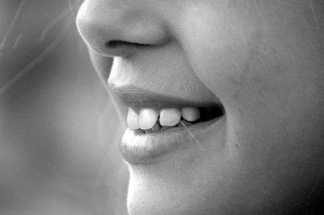 domowe sposoby na zajady w kącikach ust