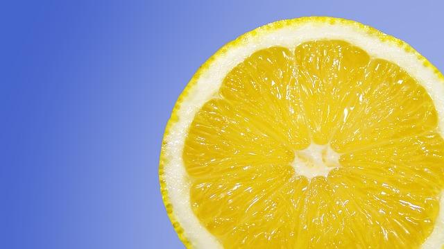 domowe sposoby na zgage cytryna