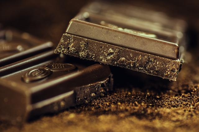 Gorzka czekolada świetnym domowym sposobem na biegunkę